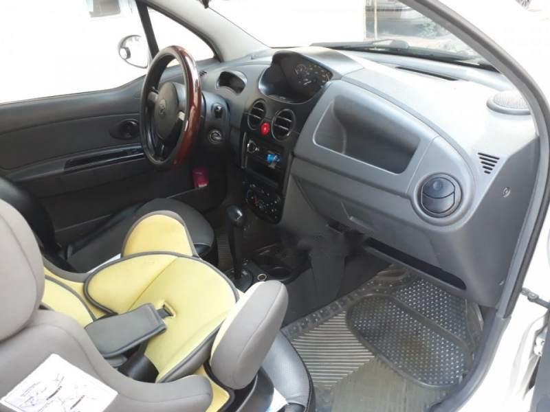 Cần bán Daewoo Matiz Van 2005, màu trắng, xe nhập số tự động