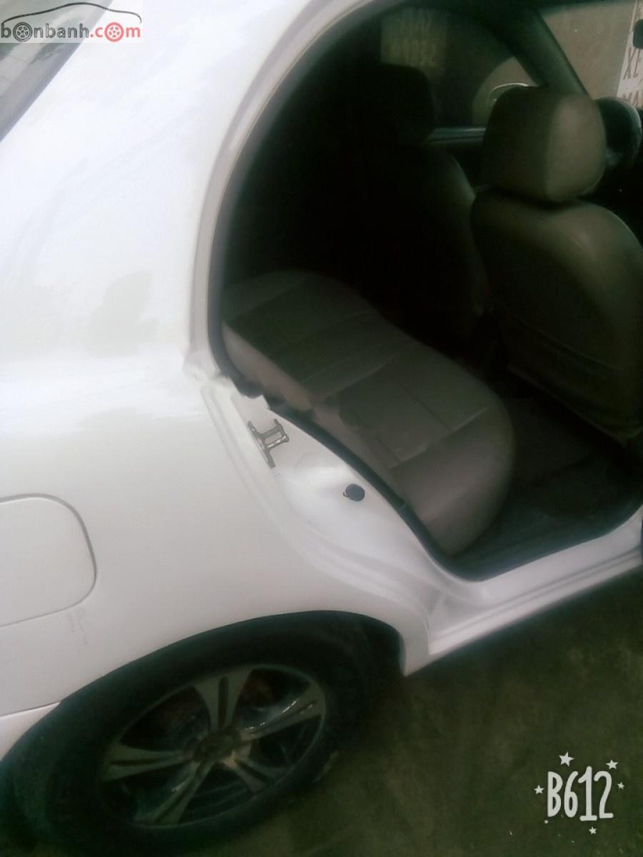 Bán xe Daewoo Lanos năm 2005, màu trắng