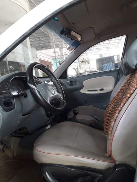 Cần bán lại xe Daewoo Lanos năm sản xuất 2003, màu trắng, nhập khẩu