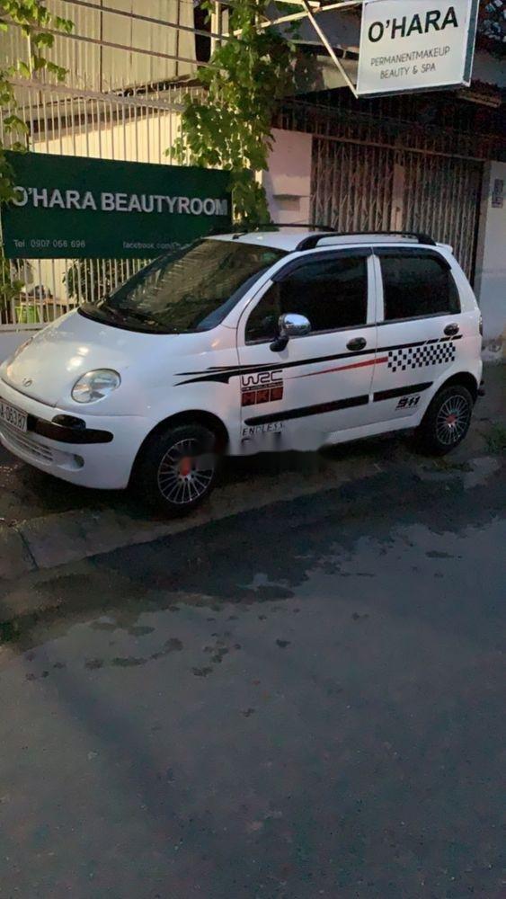 Bán lại xe Daewoo Matiz sản xuất 2000, màu trắng